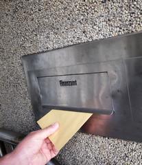 Briefkasten beim Finanzamt