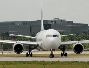 Jetliner front view