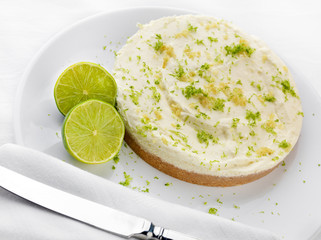 Key Lime pie with limes