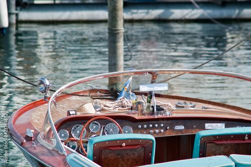 Papiers peints Nautique motorise Motorboot