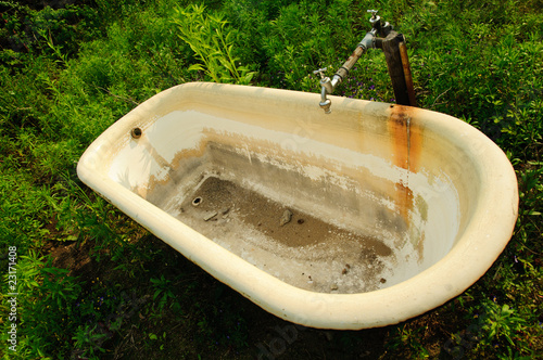 alte badewanne von christian stoll lizenzfreies foto 23171408 auf. Black Bedroom Furniture Sets. Home Design Ideas
