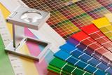 Fadenzähler und Farbtafeln