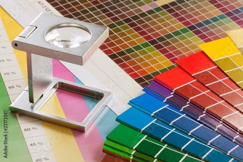 Fadenzähler und Farbtafeln - 23172047