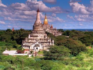 Myanmar, Bagan - Shwesandaw Pagoda nb.2