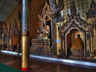 Myanmar, Inle lake - Main Paya Buddha nb.5