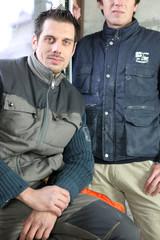 Portrait d'un ouvrier et de son apprenti