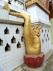 Myanmar, Inle lake - Dragon