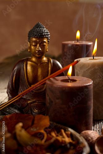 buddha candle and incense- budda candele incenso