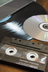 dischi e cassetta