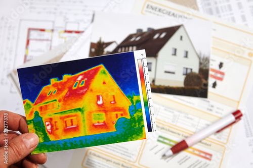 canvas print picture thermography of a house and Energy Performance Certificate 01