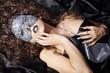 Frau mit Maske und tollen Nägel, women with mask, quer 01