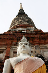 THAI PAGODA AND BUDDHA