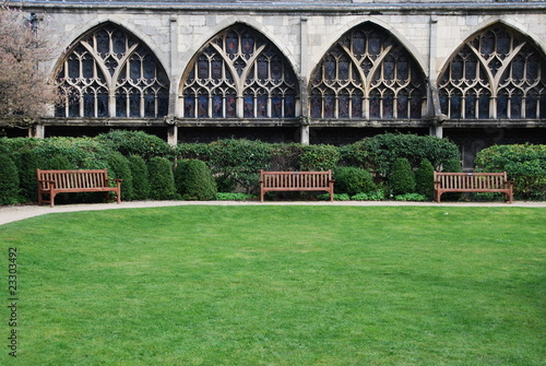 Gloucester Cathedral (garden view)