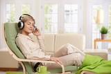 Žena relaxáciu doma