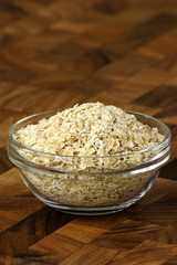 oat flakes in a bowl