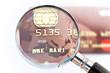 Carte bancaire passée à la loupe