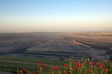 Tagebau bei Sonnenaufgang