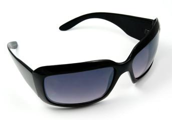 black ladies sunglasses