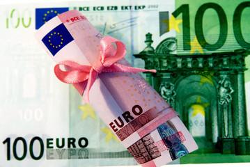 100+10 Euro