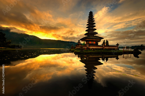 Foto op Canvas Indonesië Pura Ulun Danu Bratan Water Temple