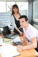 Au bureau