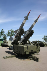 Two missiles launcher