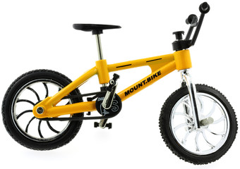 mini mount bike, fond blanc
