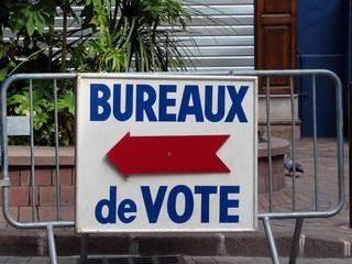 Panneau de bureaux de vote