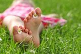 Fototapety Füße mit Blume