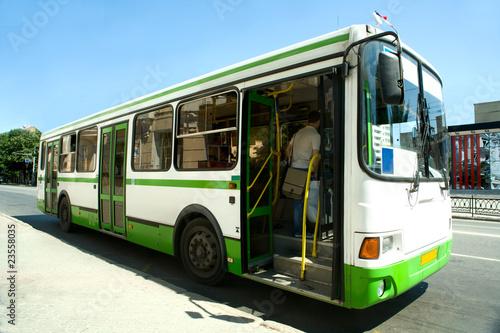 bus - 23558035