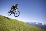 Fototapety Mountainbike Sprung