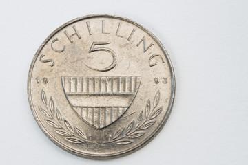 Vorderseite einer 5 Schillingmünze aus dem Jahr 1993