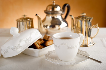 english tea - the' all'inglese