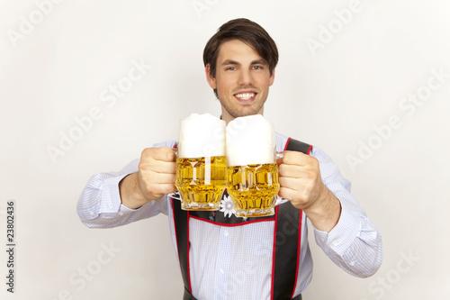 oktoberfest mann bier - 23802436