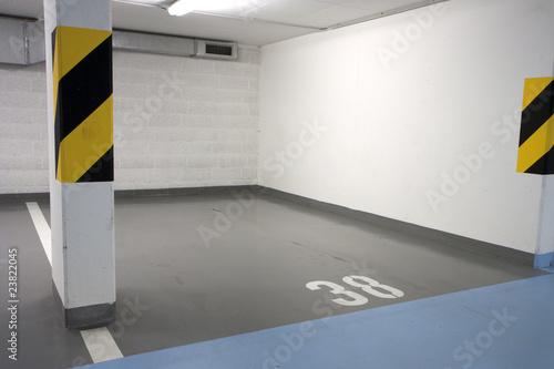 Parking lot - 23822045