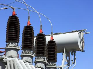 Strom, Hochspannung