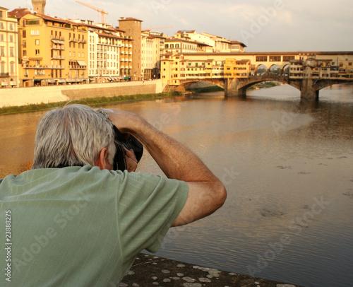 CAPTURING A MEMORY: PONTE VECCHIO, ITALY