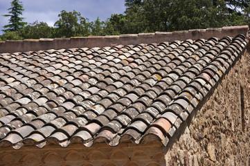 Dach mit Ziegeln