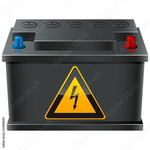 Batterie mit Hinweisschild Spannung