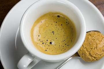 Espresso mir Amarettini