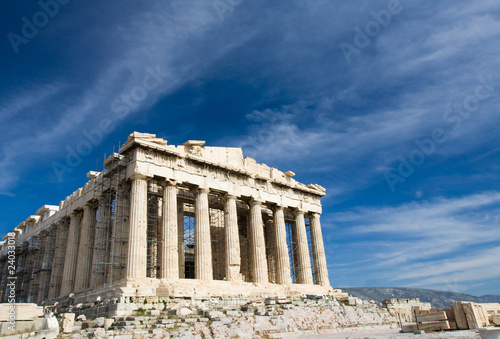 Staande foto Athene Ancient Parthenon in Acropolis Athens Greece on blue sky backgro