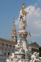 Pallas Athene vor dem Parlament in Wien
