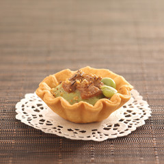 foie gras and broad bean mousse tartlet