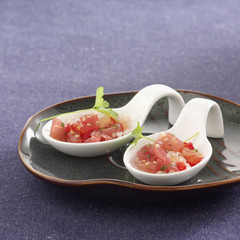 tuna ,shallot ,sesame seed and grapefruit tartare