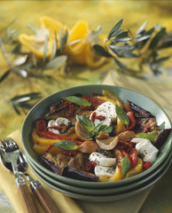 mushroom,pepper and mozzarella salad