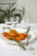 apricot brochettes with honey and rosemary