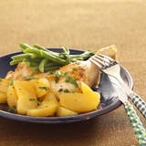 leg of chicken with cider sauce,apples and green beans