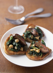 chicken liver,spinach and chickpea crostini
