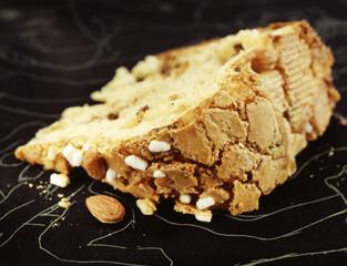 almond pannettone