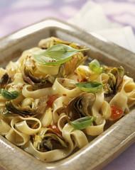 freesh pasta with artichokes